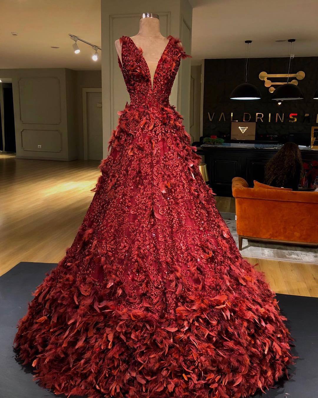 THE VALDRIN SAHITI\'s RED CHRISTMAS GOWNS THAT BROKE INSTAGRAM IN ...